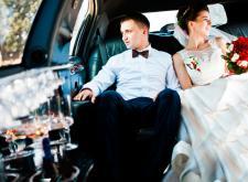 Аренда и прокат лимузина на свадьбу в СПб