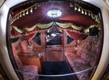 Шикарный интерьер кареты от компании Питерские лимузины