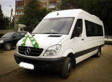 Аренда газели Mercedes Sprinter в Спб внешний вид1