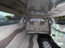 Заказать лимузин Infinity FX35 в Санкт-Петербурге салон1