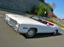 Прекрасный Ретро Cadillac Eldorado на свадьбу в СПб внешний вид4