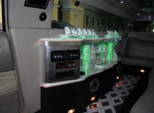 Прекрасный лимузин Infinity FX35 в СПб салон2